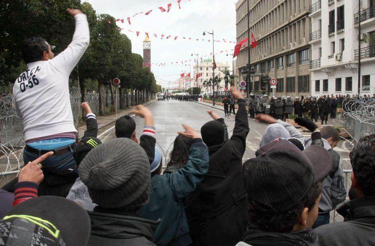 manifestants_tunisiens
