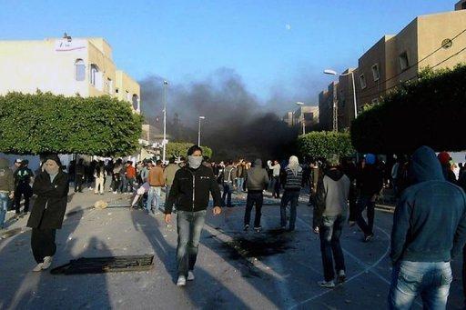 Manifestation-tunisie-jeunesse