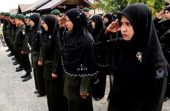 sharia-police-indonesia