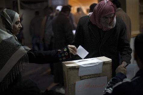 Syrie-un-depute-ex-communiste-candidat-a-l-election-presidentielle_article_main