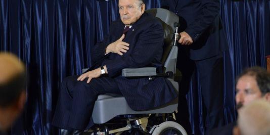Le président algérien Abdelaziz Bouteflika, lors de la cérémonie d'investiture, le 28 avril à Alger. | FAROUK BATICHE / AFP