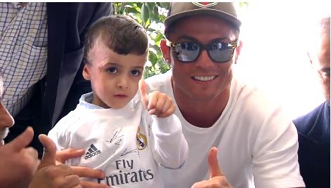 [Vidéo] Ahmed Dawabcheh a rencontré les joueurs du Real Madrid