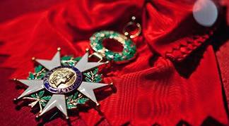 Accusé de torture, le patron de la DGST marocaine reçoit la Légion d'Honneur en France