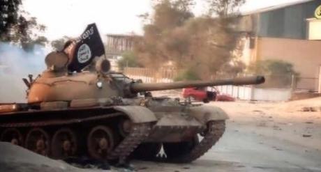 Les Etats-Unis mènent des bombardements en Libye contre l'EI