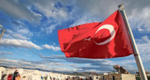 En Turquie, l'Union européenne distribue des cartes de paiement prépayées aux réfugiés