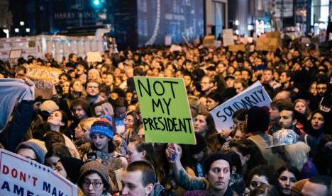 Etats-Unis : des rabbins arrêtés dans une manifestation anti-Trump